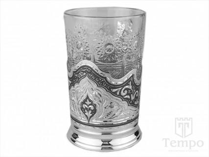 стакан с серебряным подстаканником